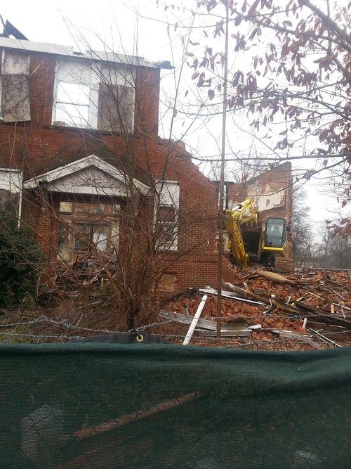 Demolition of Gordon Elementary P2 1